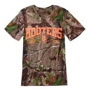 Hooters-camo-men's-tee01